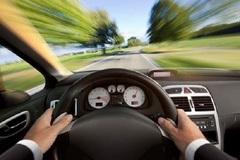 """Cánh tài xế mách nhau cách vượt qua """"giấc ngủ trắng"""" khi lái xe đường dài"""
