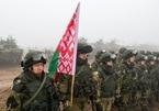 Tại sao Tổng thống Lukashenko tuyên bố tổng động viên quân đội?
