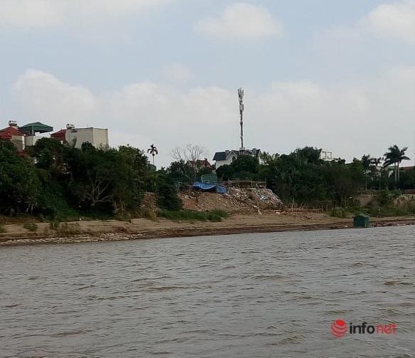 Hà Nội: Ngang nhiên san lấp, dựng rào sắt 'xẻ thịt' hành lang thoát lũ sông Hồng
