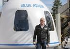 Hàng nghìn người yêu cầu kỳ quặc, để tỷ phú Jeff Bezos 'ở lại' không gian