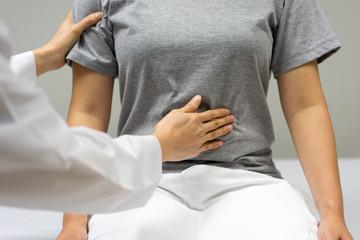 Căn bệnh khiến người phụ nữ gầy yếu, suy kiệt nhưng bụng phình to