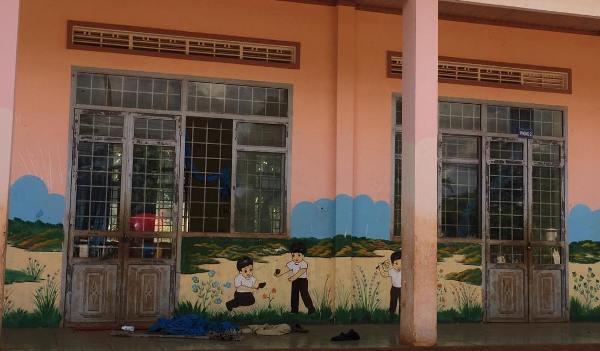 Đắk Lắk: Phát hiện thi thể 1 thiếu nữ đang phân hủy trong phòng học