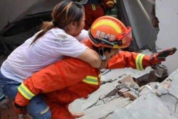 Trung Quốc: Sập nhà làm 5 người chết, hơn 400 nhân viên cứu hộ vào cuộc