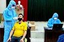 Đến viện khám tranh thủ test nhanh, cả 2 vợ chồng dương tính với virus SARS-CoV-2