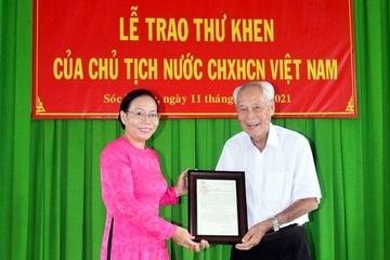 Người có uy tín trong đồng bào người Hoa hết lòng vì người nghèo