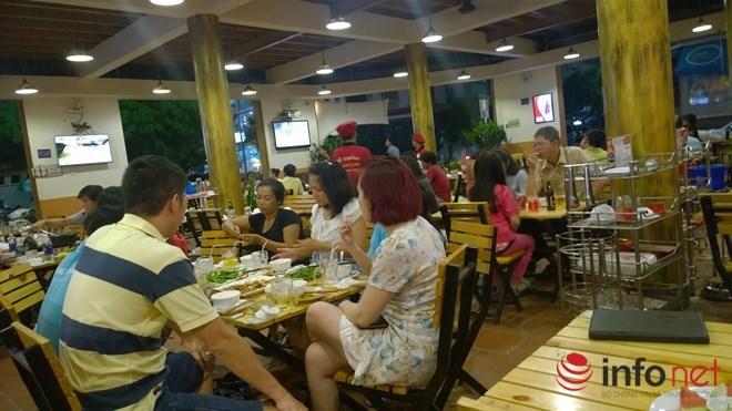 Từ 0h đêm nay, Hà Nội mở cửa trở lại hàng cắt tóc, gội đầu, dịch vụ ăn uống trong nhà