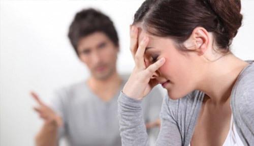 Đêm tân hôn chồng hốt hoảng phát hiện một điều ở vợ khiến anh lo 'nghèo cả đời'