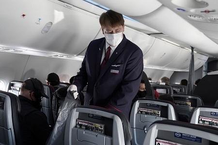 Hành khách liên tiếp tấn công nhân viên hàng không, Mỹ mạnh tay xử lý