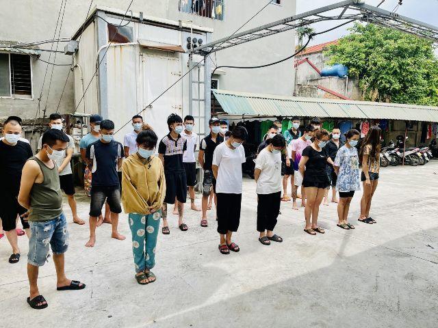 Thanh niên tổ chức 'tiệc ma túy' cho đàn em trước khi ra hầu tòa