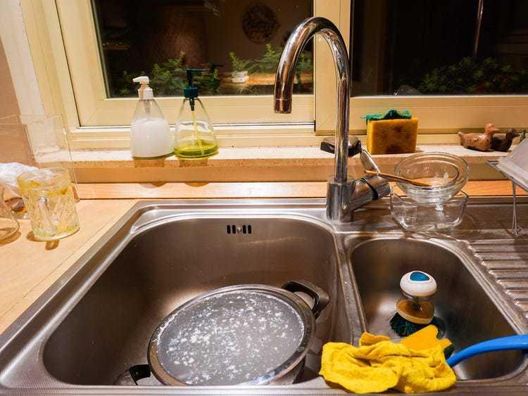 5 thứ trong nhà nhiều vi khuẩnhơn toilet, tai hại là bọn trẻ rất thích tiếp xúc