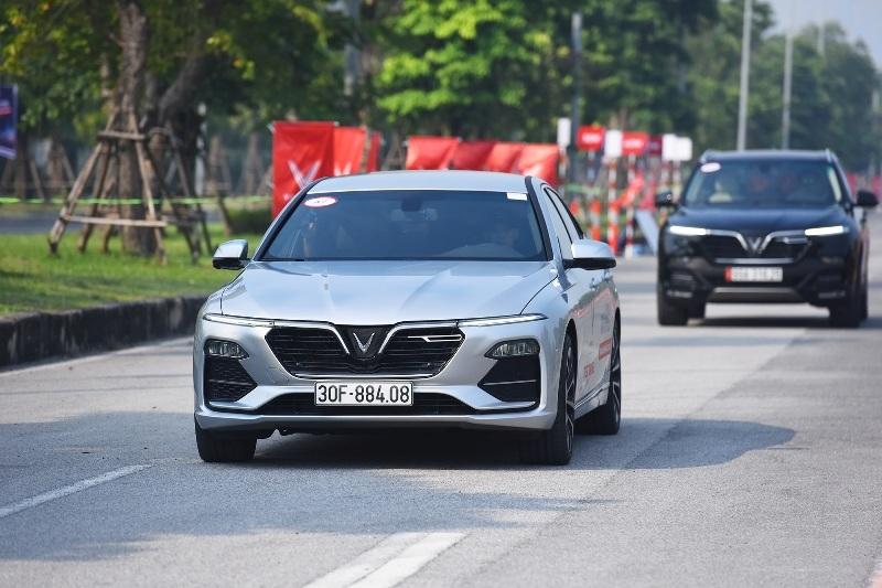 """VinFast gây sốt thị trường ô tô với loạt ưu đãi """"khủng"""" tháng 6"""