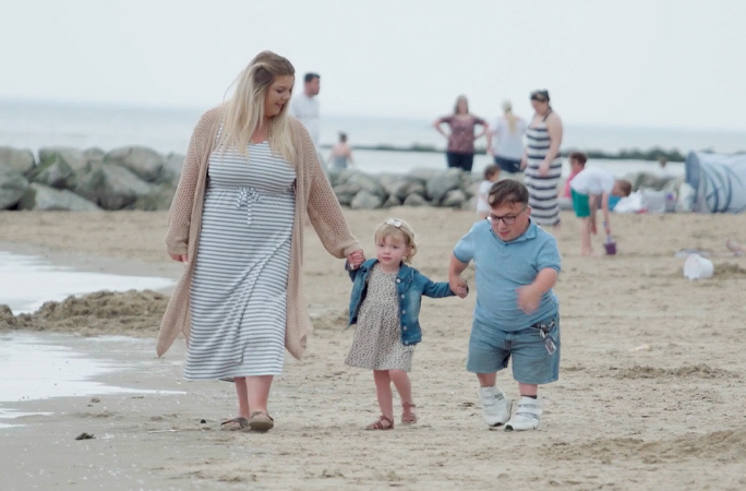 Cặp đôi 'vợ cao chồng thấp' lập kỷ lục thế giới vì chênh lệch quá nhiều