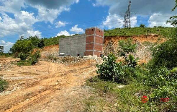 Đắk Nông: San hàng trăm mét đồi làm nhà yến, lập biên bản rồi nhà vẫn 'mọc' tới 4 tầng
