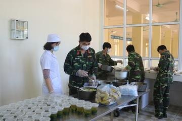 Nam Định đảm bảo ATTP trong khu cách ly và bếp ăn tập thể của doanh nghiệp
