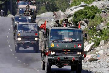 Luân chuyển thêm 50.000 quân tới biên giới sát Trung Quốc, Ấn Độ toan tính điều gì?