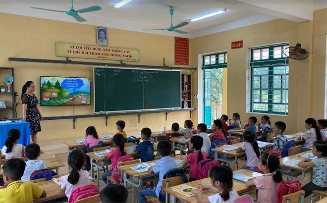 Bàn giải pháp phát triển giáo dục vùng dân tộc thiểu số