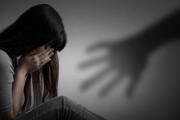 Gã đàn ông đồi bại dâm ô 2 con nhỏ của bạn gái suốt 3 năm