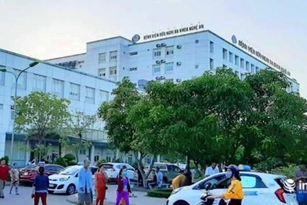 Phong tỏa khoa Sản của bệnh viện lớn nhất Nghệ An liên quan đến ca dương tính nCoV