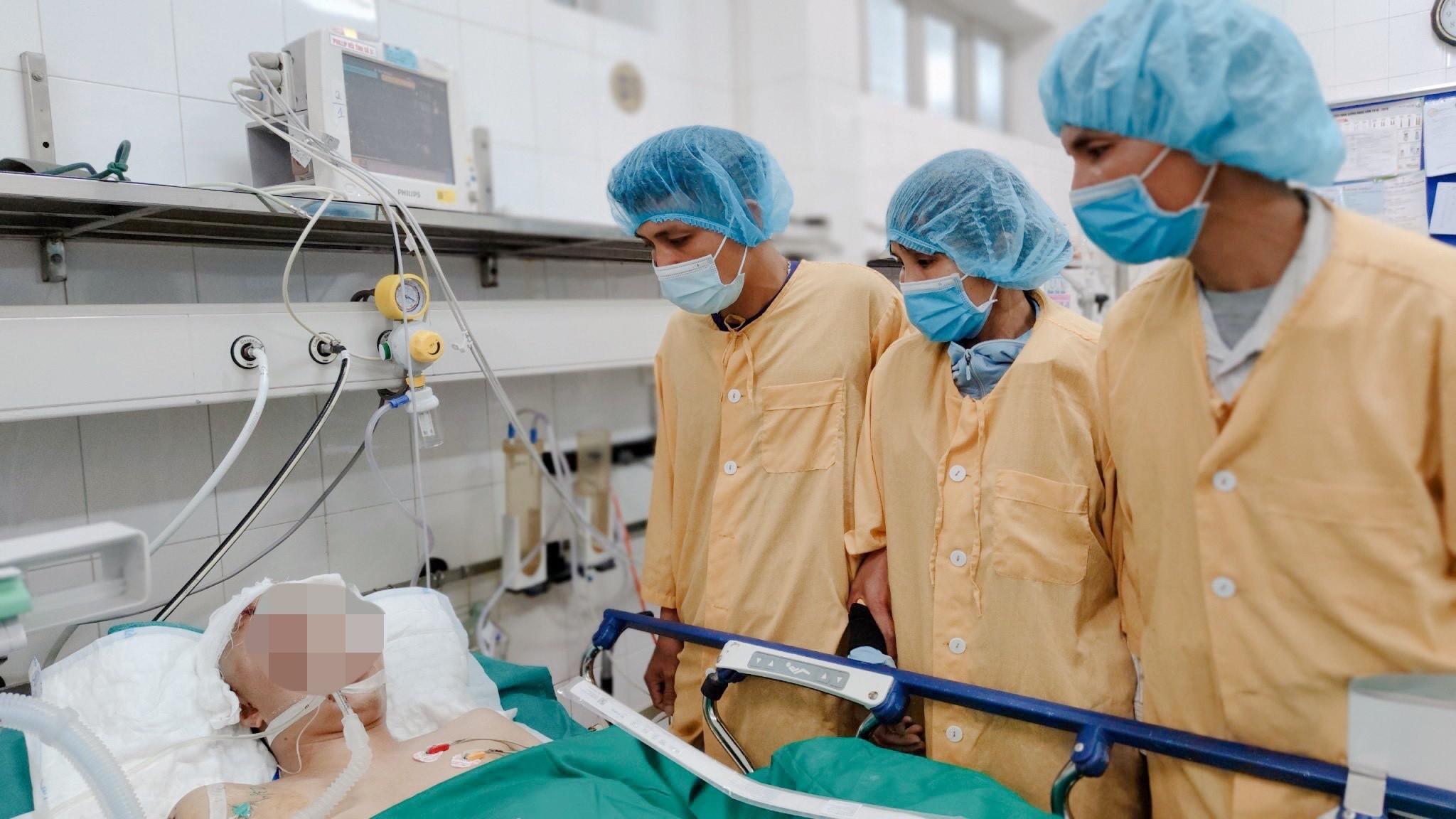 Gia đình chàng trai 22 tuổi chết não hiến 4 tạng hồi sinh sự sống cho 4 cuộc đời