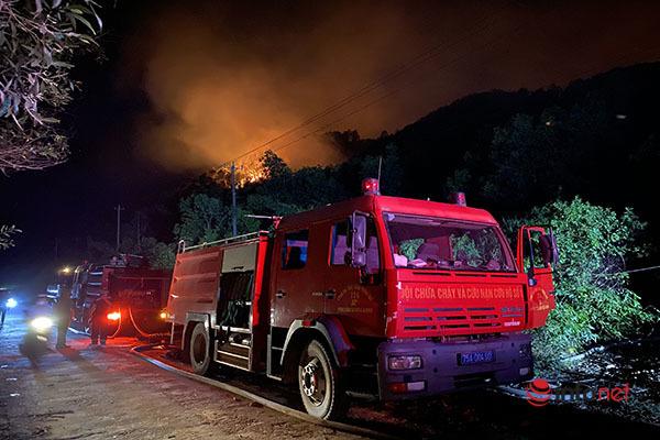 Chữa cháy rừng,Thừa Thiên – Huế,cháy,cháy rừng,nắng nóng,gió Lào,cháy ngùn ngụt,cháy rừng thông,cháy rừng keo