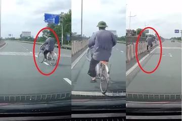 Xem clip cụ ông đi xe đạp, cộng đồng mạng rùng mình sợ hãi