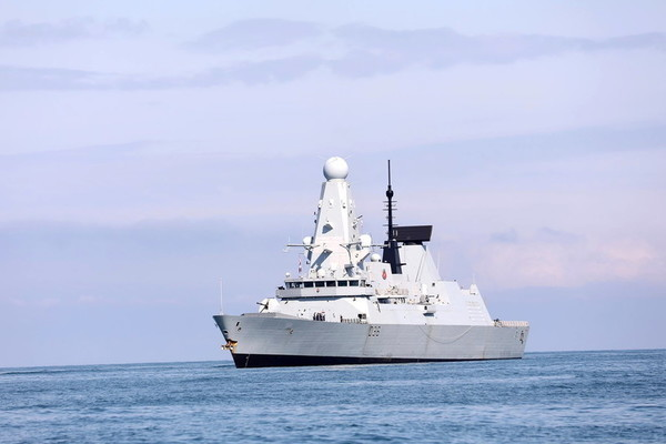 Tổng thống Putin nói về khả năng Nga đánh chìm chiến hạm Anh
