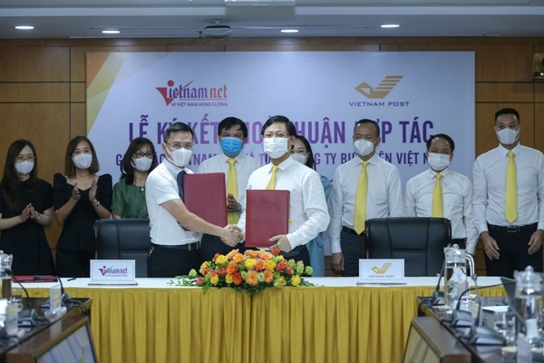 Vietnam Post làm tổng đại lý thu phí chuyên trang VietNamNet Premium