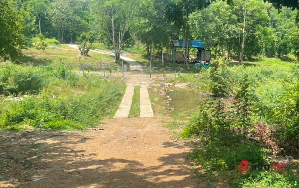 Dựng nhà vườn đẹp đẽ 3ha, bị kiểm tra, chủ nhà nói chỉ là 'chuồng chó'
