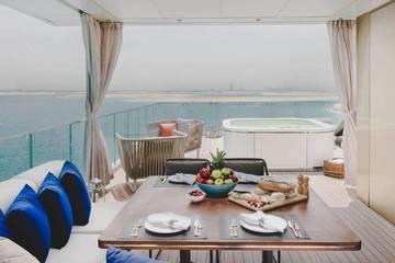 Chiêm ngưỡng biệt thự bảy nổi ba chìm xa hoa đắt đỏ bậc nhất trên biển ở Dubai