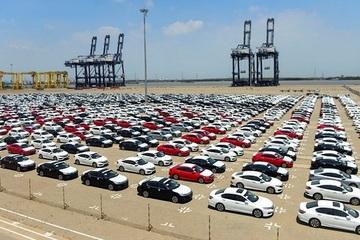 Việt Nam nhập khẩu 15.600 ô tô nguyên chiếc các loại trong tháng 5