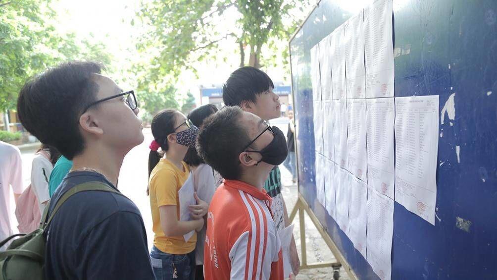 Hà Nội: Chính thức hạ điểm chuẩn trúng tuyển bổ sung vào lớp 10 chuyên
