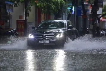 Bắc Bộ và Trung Bộ đề phòng mưa lớn trong đêm và sáng