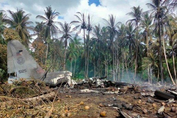 Những giây phút cuối trước khi máy bay Philippines gặp nạn khiến 52 người chết