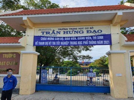 Phú Yên: Gần 800 thí sinh 'đen đủi' phải dừng thi tốt nghiệp THPT khẩn cấp vì 2 điểm thi nghi có F0