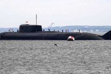 Người dân Đan Mạch trầm trồ trước kích thước 'siêu khủng' của tàu ngầm Nga
