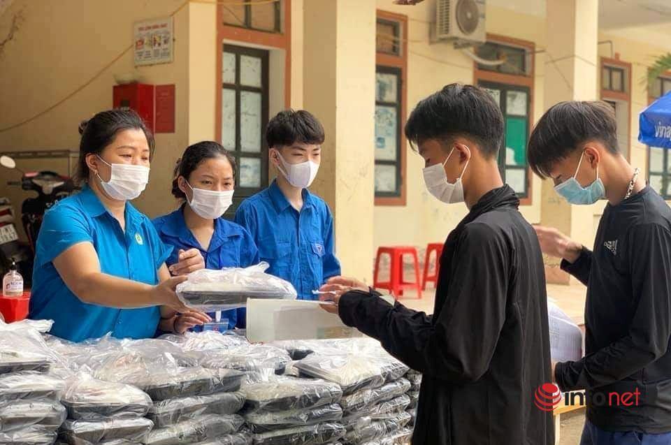 sĩ tử,cơm miễn phí,hỗ trợ,học sinh vùng cao,Nghệ An,thi tốt nghiệp THPT Quốc gia