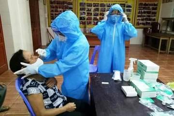 Nghệ An: Vừa sinh con được 2,5 tháng, người phụ nữ dương tính với SARS-CoV-2