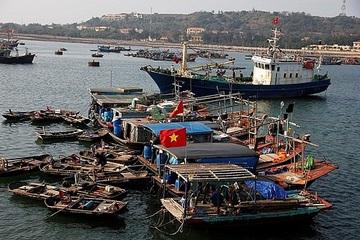Huyện đảo Bạch Long Vĩ xây dựng nhiều công trình phục vụ phát triển kinh tế biển