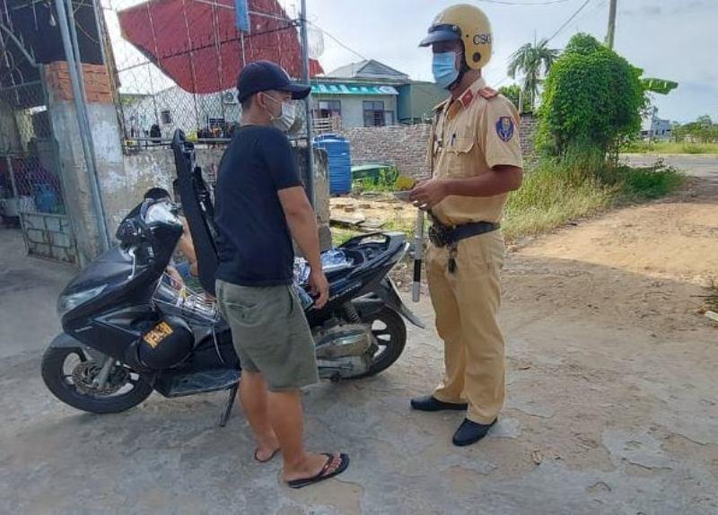 Hà Tĩnh: 2 ngày xử phạt hơn 50 người vi phạm giao thông
