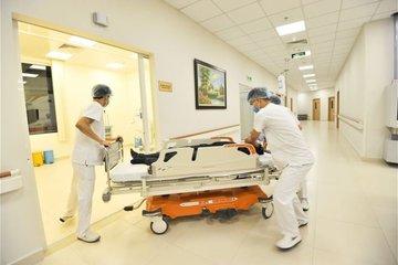 Cụ ông 80 tuổi hốt hoảng vào viện vì căn bệnh không ngờ