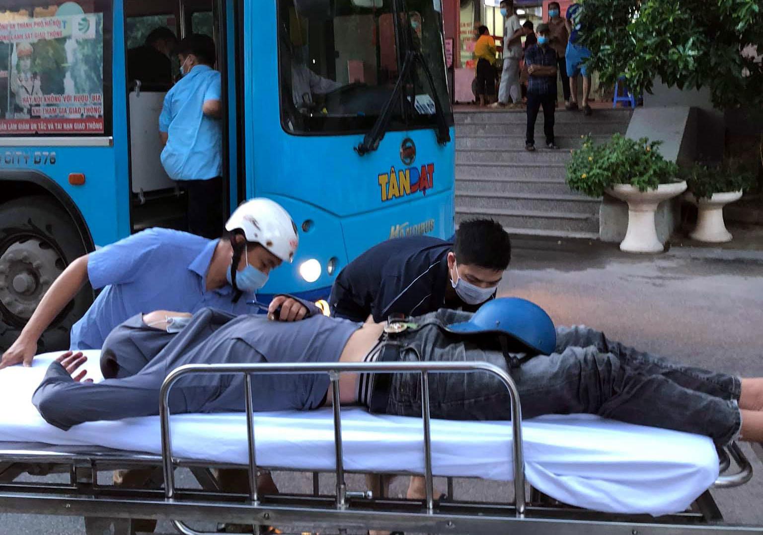 Tai nạn giao thông,Xe buýt,Cứu người tai nạn