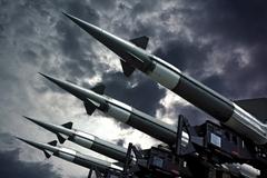 Xu hướng kiểm soát vũ khí hạt nhân trong bối cảnh cạnh tranh nước lớn