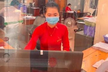 Nhân viên ngân hàng kể vụ giải cứu khách khỏi cú lừa 50 triệu từ Facebook