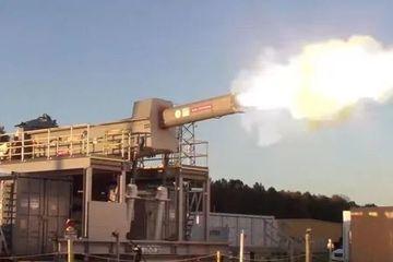 Tại sao 'siêu pháo' điện từ của Mỹ thất bại thảm hại?