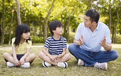 Dạy trẻ tôn trọng người lớn như thế nào cho đúng?
