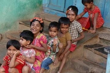 Không muốn 'soán ngôi' số 1 của Trung Quốc, Ấn Độ siết chặt dân số