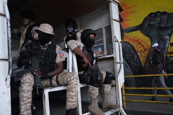 Nghi phạm tham gia ám sát Tổng thống Haiti có quan hệ với FBI và DEA?
