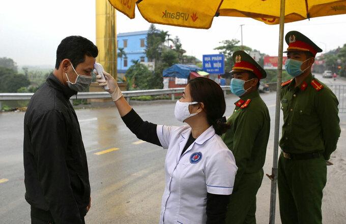 Hà Nội là vùng trũng, nguy cơ dịch khó lường, làm gì để tránh như TP Hồ Chí Minh?
