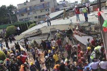 Bị phạt 208 năm tù vì liên quan tới vụ sập trường học trong trận động đất