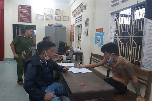 Thừa Thiên - Huế,Nam thanh niên,Chém,tử vong,Truy bắt,Bỏ trốn,cãi vã,giết người